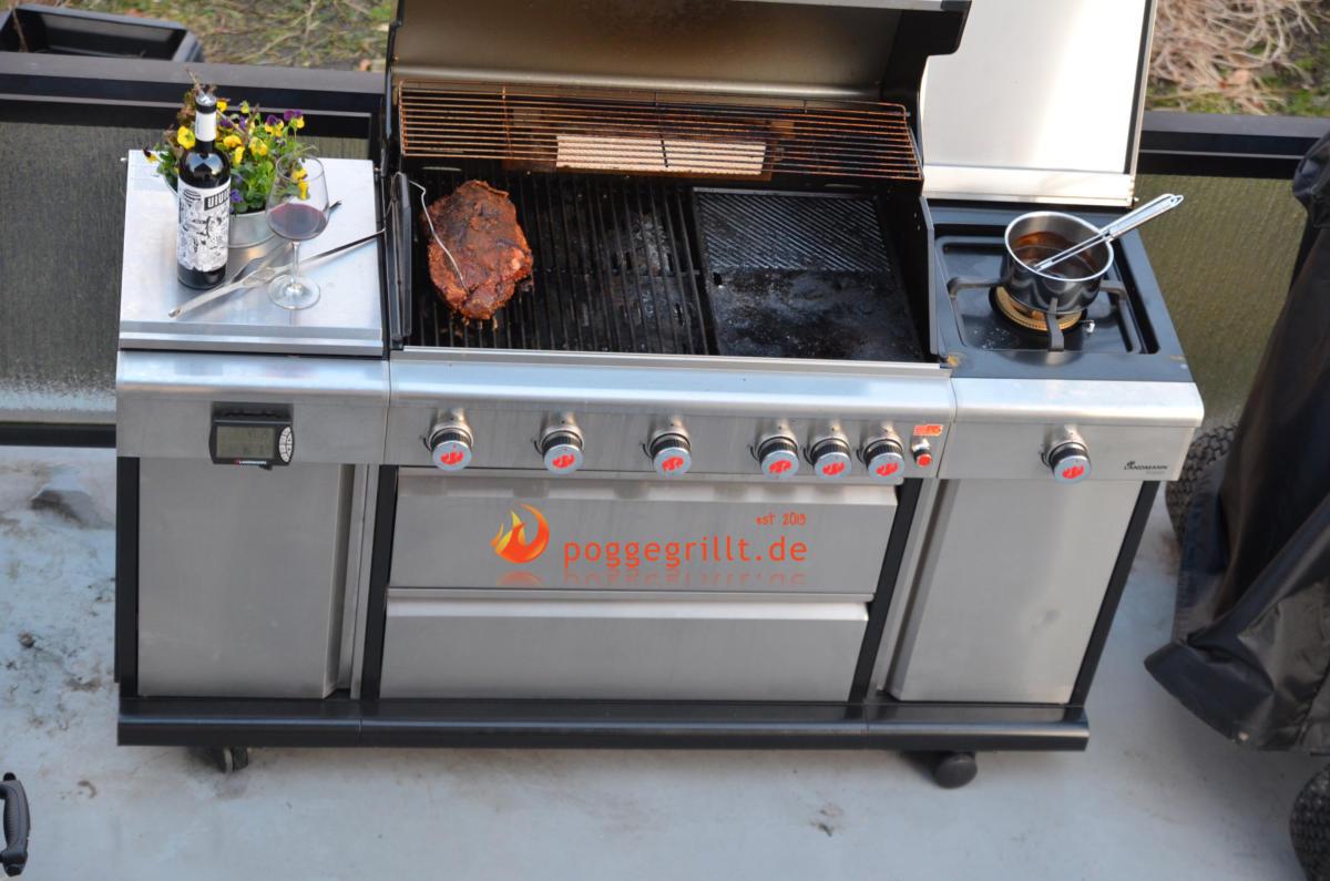 Pulled Pork Gasgrill 3 Brenner : Rezept für pulled pork mit feldsalat und cheddar im focaccia bun